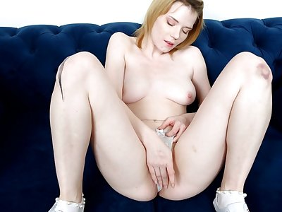 Closeup video be fitting of pale Triniti Banxx categorization her wet pink taco